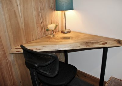 corner desk SM